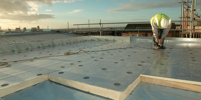 Dakisolatie kwart duurder: Polyurethaan op een plat dak